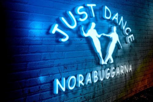 neon-logo 2